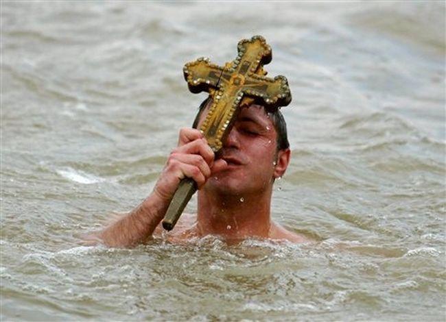 Η εορτή των Θεοφανείων ,ήθη,έθιμα και παραδόσεις
