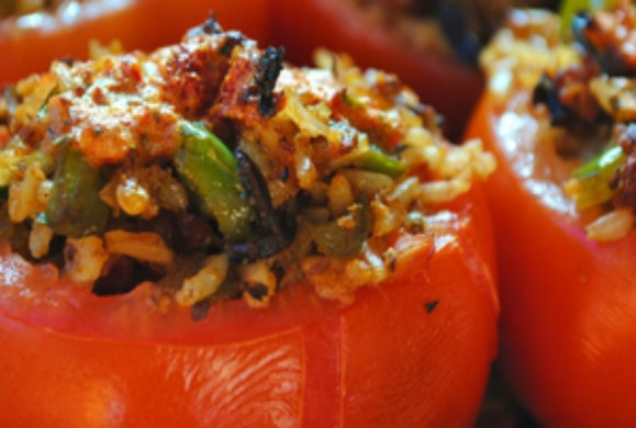 Γιώργος Λέκκας: Αργίτικα γεμιστερά ζαρζαβατικά με φρέσκα βότανα & κιμά