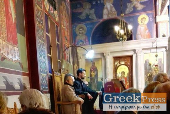 Το δεξί χέρι του Αγ. Μεγαλομάρτυρος Γεωργίου του Τροπαιοφόρου στον Ι.Ναό της Αγ.Τριάδος Θεσσαλονίκης προς προσκύνημα
