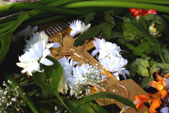 Η Μεγάλη Μέρα της Σταυροπροσκυνήσεως σύμφωνα με την Ορθόδοξη Παράδοση