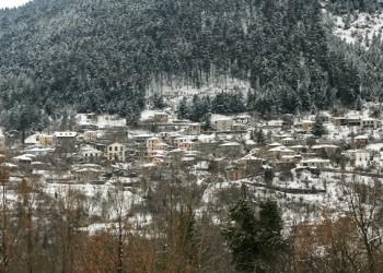 Χειμωνιάτικοι προορισμοί στην Ελλάδα: Μικρό Χωριό, Καρπενήσι