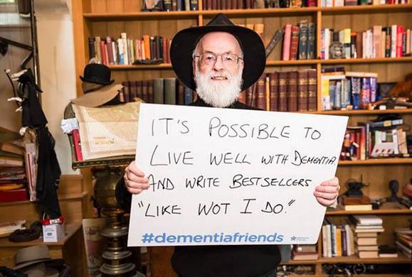 Πέθανε ο διάσημος συγγραφέας Sir Terry Pratchett