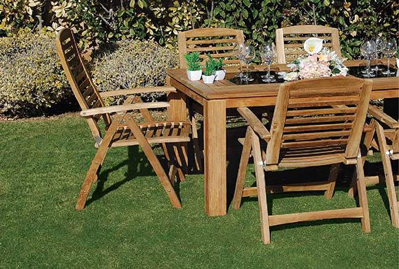Ανανεώστε τα ξύλινα έπιπλα του κήπου σας