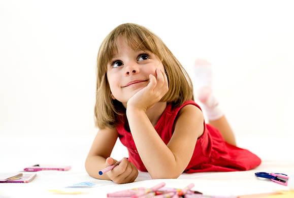 Ένα παιδί συμβουλεύει τους γονείς του