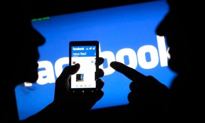 Οι μισοί χρήστες του Ίντερνετ είναι πλέον στο Facebook