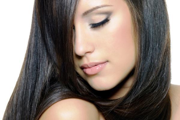 Φτιάξε εύκολα και οικονομικά σπιτική βαφή για τα μαλλιά σου!