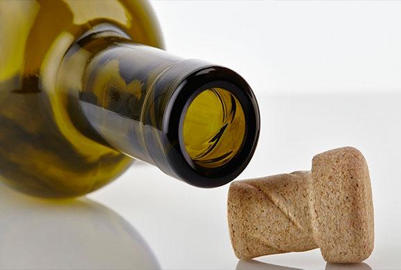 Πως να βγάλετε εύκολα το φελλό απ' το μπουκάλι