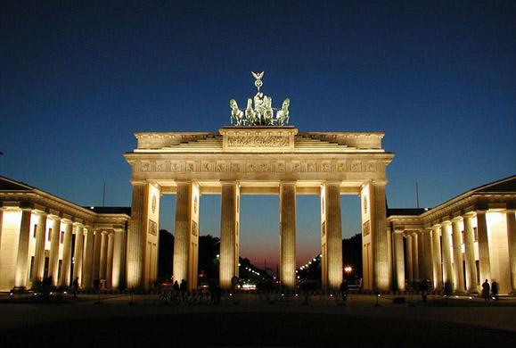 Bild: Το 78% των Γερμανών συμπονεί τους Έλληνες