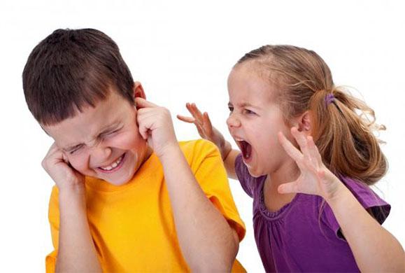 Πως να αντιμετωπίστε την επιθετικότητα του παιδιού σας
