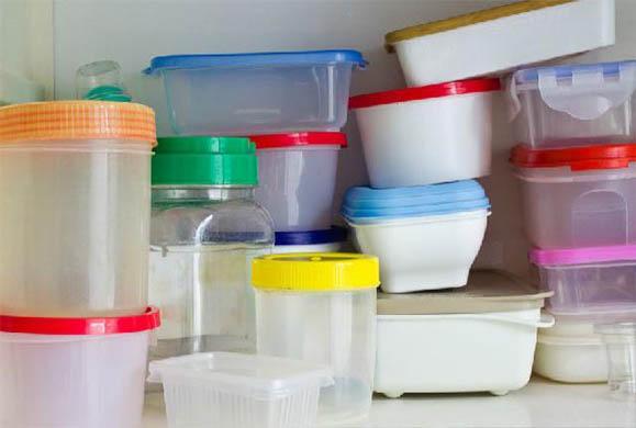 Δείτε τι μπορείτε να πάθετε εάν χρησιμοποιείτε πλαστικά τάπερ