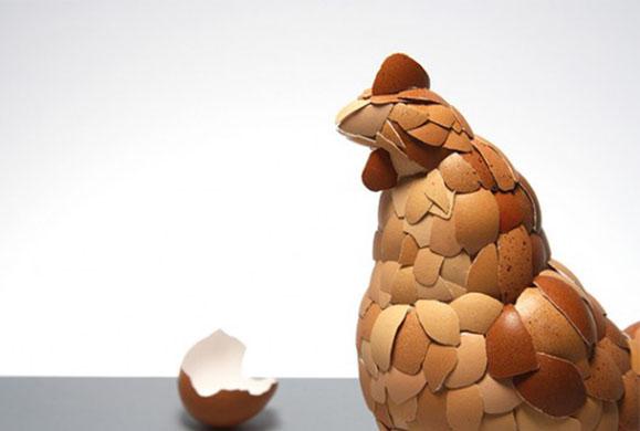 Δείτε τι μπορείτε να κάνετε με το τσόφλι του αυγού που πετάτε