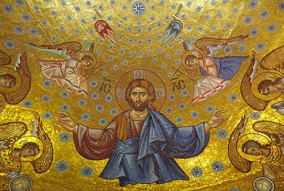 Άγιος είσαι και δυνατός και δημιουργός του παντός και βασιλεύς των αγγέλων