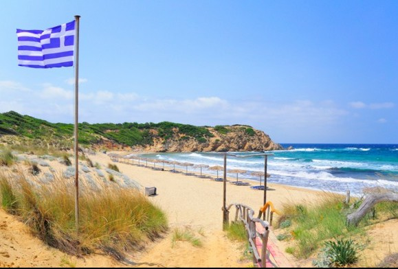 Ελλάδα:Παραλία  Ελιά στην Σκιάθο