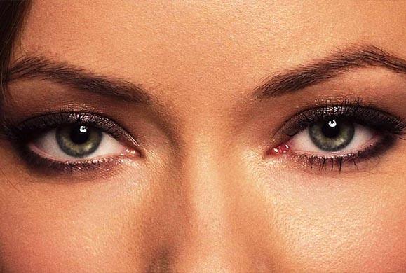 4 μυστικά για να διώξετε την κούραση από τα μάτια σας