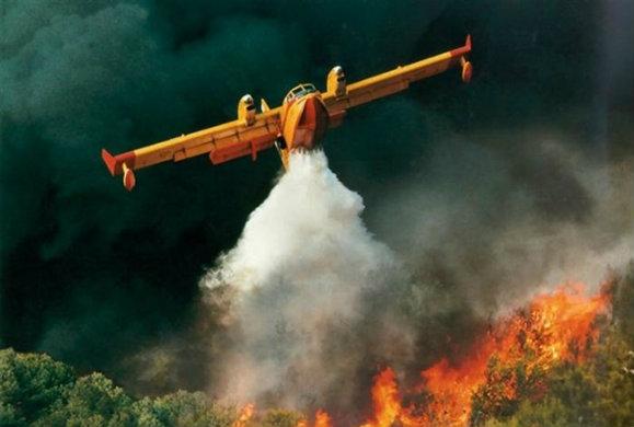 Θάσος: Συνεχίζεται η μάχη με τις φλόγες