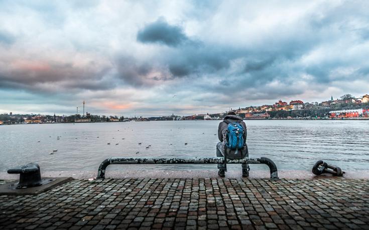 4 κόλπα για να καταπολεμήστε την μοναξιά