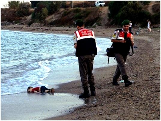Είναι αληθινή η τεχνιτή η προσφυγική κρίση;