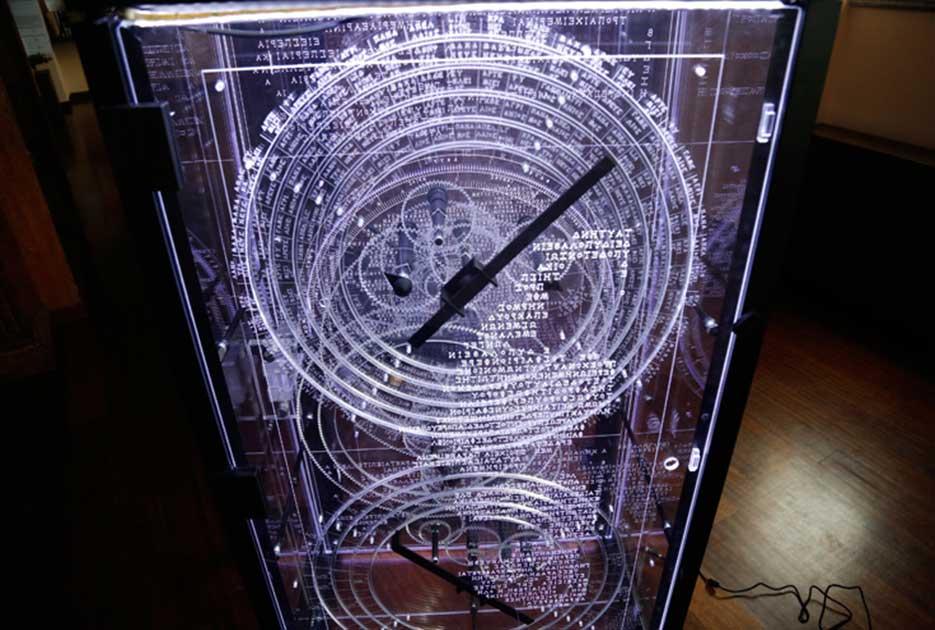 Το Εθνικό Αστεροσκοπείο Αθηνών παρουσιάζει, εντυπωσιακό αντίγραφο του Μηχανισμού των Αντικυθήρων, εικόνες