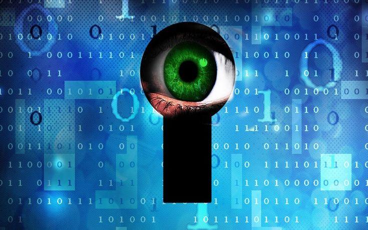 Φιμώνεται η ελεύθερη έκφραση στο διαδίκτυο