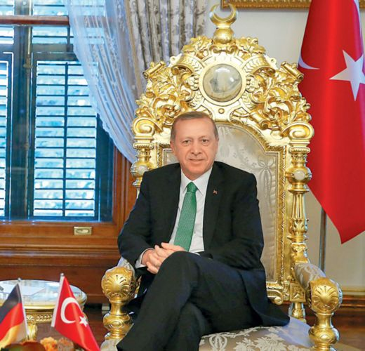 Τουρκικές εκλογές: Απόλυτος κυρίαρχος ο Ερντογάν