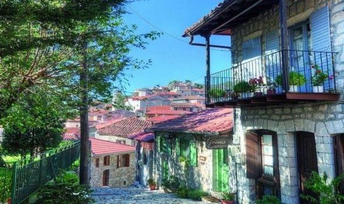 Πελοπόννησος: Πανέμορφα χωριά για φθινοπωρινές εκδρομές