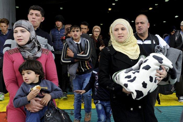 Προσφυγικό: Πάνω από 1.700 πρόσφυγες στην Καβάλα, 9.000 στον Πειραιά