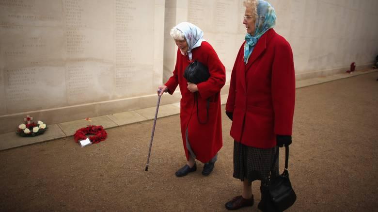 Πόλη της Αγγλίας χρεώνει με 25,92 λίρες ηλικιωμένους, όταν ζητούν βοήθεια μετά από πτώση στην κατοικία τους