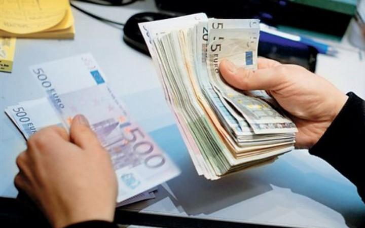 Τα 90 δισ. ευρώ έφτασαν τα χρέη των ιδιωτών προς την εφορία