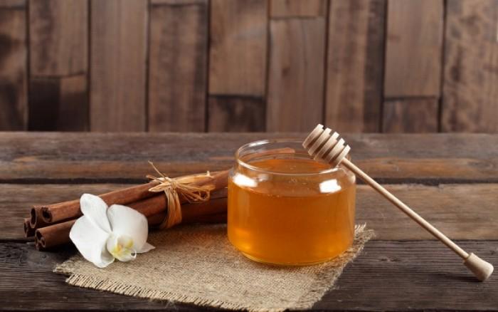 Δοκιμάστε τη μέθοδο αδυνατίσματος με μέλι και κανέλα