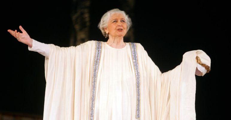 Έφυγε η Άννα Συνοδινού, η παγκοσμίου φήμης Ελληνίδα τραγωδός του κλασσικού θεάτρου-video