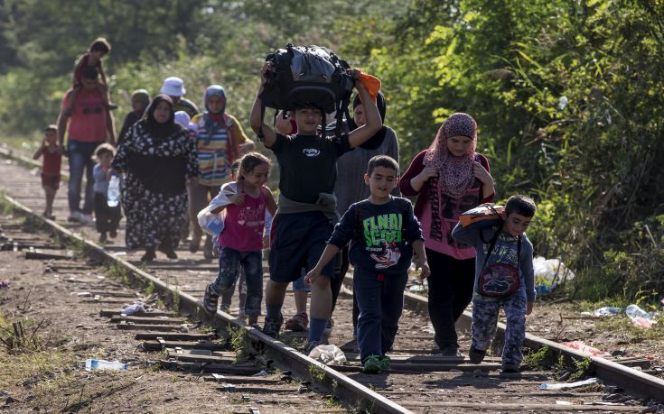 Η Ελλάδα κινδυνεύει από απομόνωση για τους πρόσφυγες