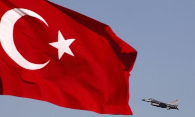 Σε εφιάλτες μετατρέπονται τα όνειρα της Τουρκίας