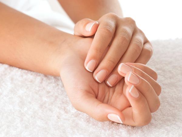 Τι αποκαλύπτουν τα νύχια για την υγεία σας