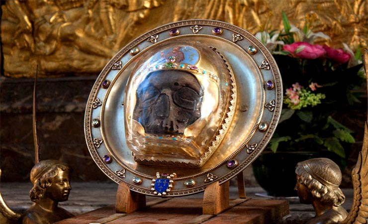 Συναξάρι 24 Φεβρουαρίου, Α' και Β' Εύρεση Τιμίας κεφαλής του Αγίου Προφήτου, προδρόμου και βαπτιστού Ιωάννη