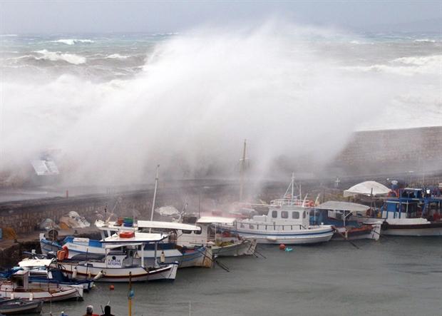 Αρναούτογλου:Προσοχή-Μεσογειακός κυκλώνας στην Ελλάδα