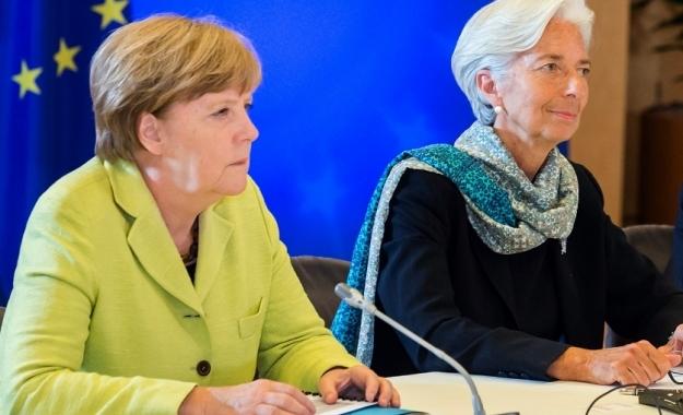 Α. Μέρκελ: Η Γερμανία θέλει παραμονή του ΔΝΤ στην Ελλάδα, αλλά…