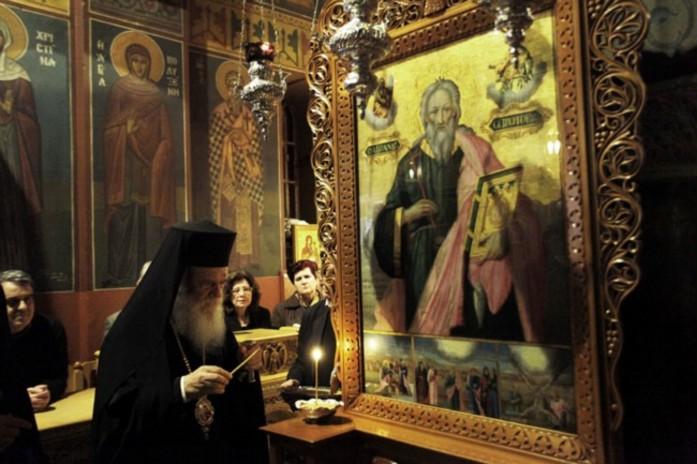 Αρχ. Ιερώνυμος  : Στις δυσκολίες η Παναγία θα σφουγγίσει τα δάκρυά μας