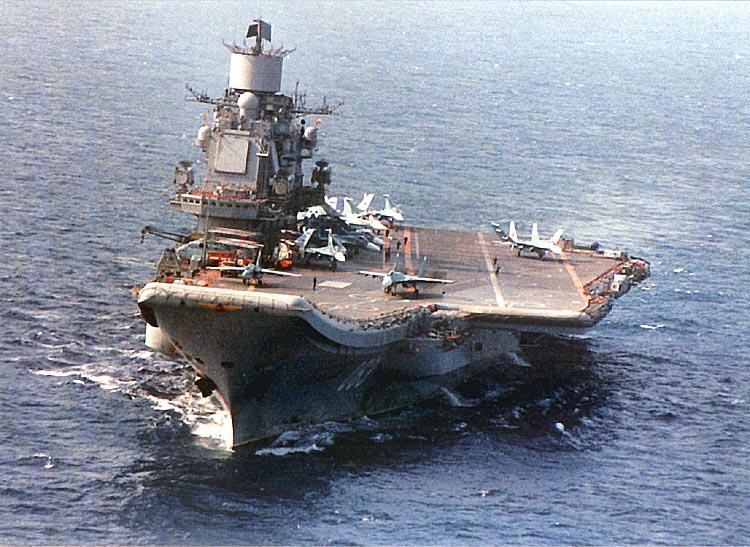 Το ρωσικό αεροπλανοφόρο Κουζνέτσοφ πλέει ήδη ανοιχτά της Συρίας