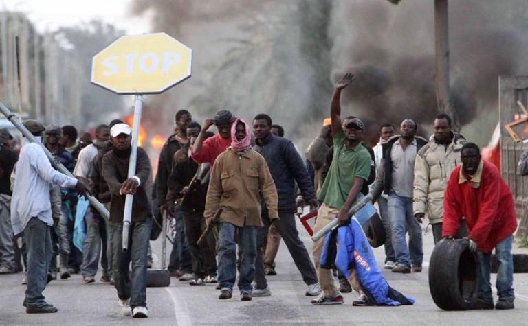 Ria Novosti: Έρχεται γενική εξέγερση μεταναστών στην Ελλάδα