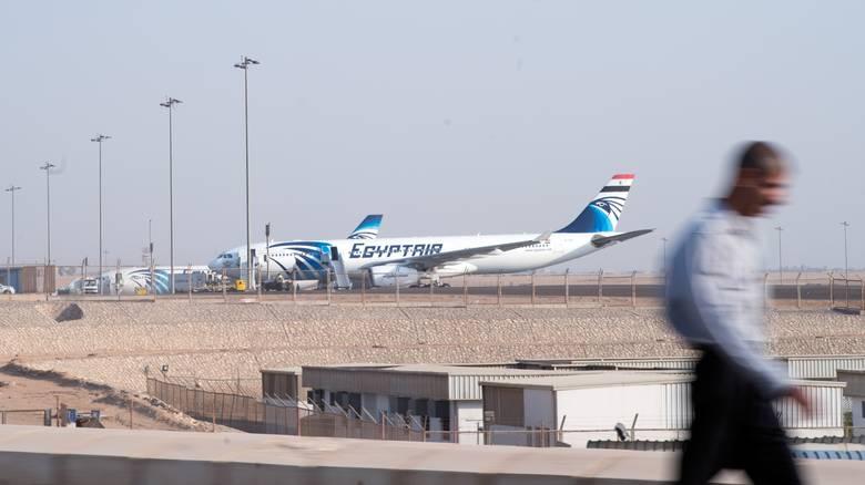 Όλα τα σενάρια ανοιχτά για το αεροπλάνο των των Αιγυπτιακών αερογραμμών