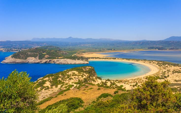 Βοϊδοκοιλιά, η εντυπωσιακή παραλία της Μεσσηνίας