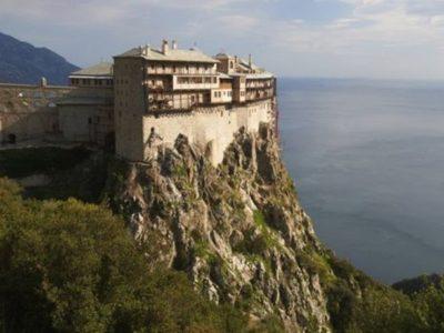BBC: Γιατί το Άγιο Όρος είναι άβατο για τις γυναίκες
