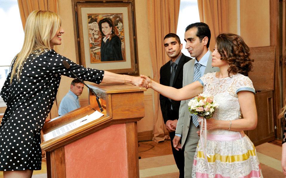 Επιτρέπεται οι Ορθόδοξοι να πηγαίνουν σε πολιτικούς γάμους;