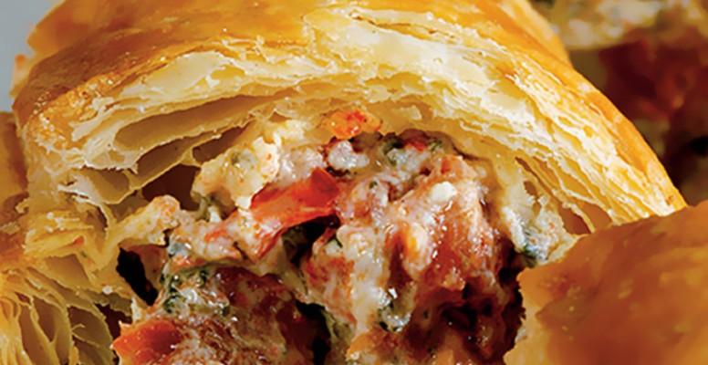 Γιώργος Λέκκας: Τραγανό φύλλο σφολιάτας με γέμιση τυριού και πιπεριές