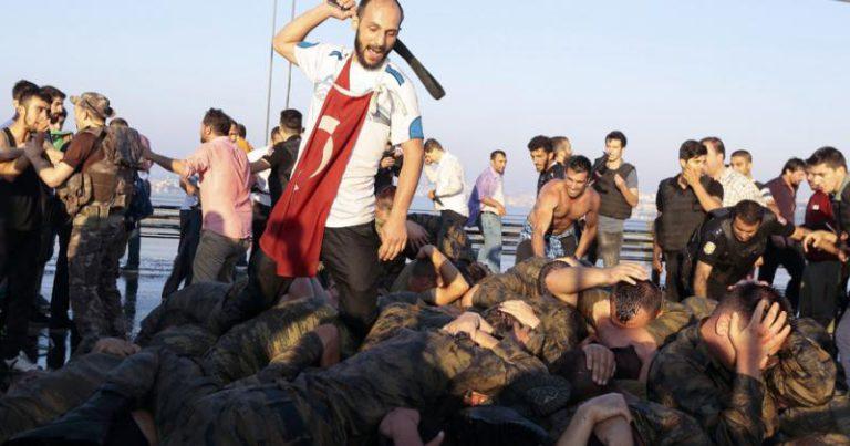 Τουρκία : Η «νίκη» της Δημοκρατίας
