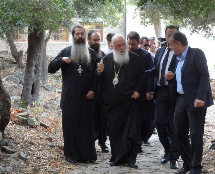 Ο Αρχιεπίσκοπος Ιερώνυμος επισκέφτηκε την Σαμοθράκη