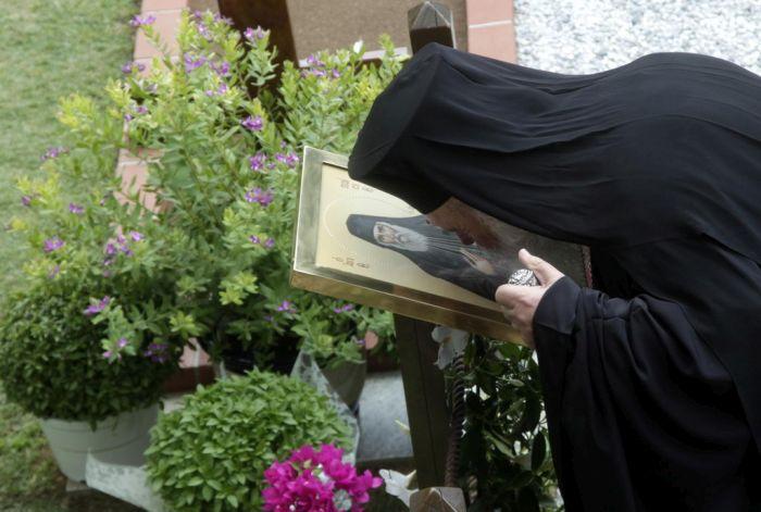 Ο Αρχιεπίσκοπος στη Μονή του Αγίου Παϊσίου