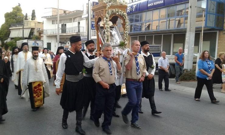 Ν. Φιλαδέλφεια: Xιλιάδες πιστοί τίμησαν τον Άγιο Κοσμά τον Αιτωλό