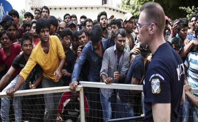 Υπεράριθμοι οι πρόσφυγες που φιλοξενούνται στις δομές φιλοξενίας των Ενόπλων Δυνάμεων