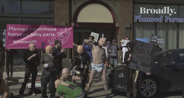 Σατανιστές Υπερασπίζονται το Δικαίωμα στην Έκτρωση